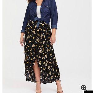 Torrid Black Floral Challis Hi Lo Maxi Skirt Sz 4